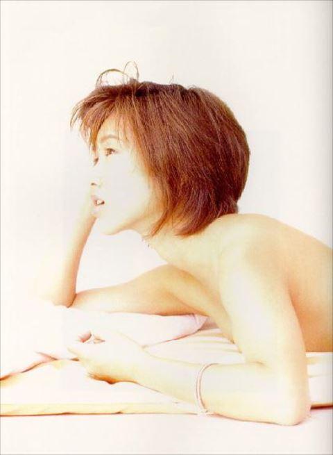 (朗報)酒井法子(44)ヘアぬーど写真集発売へ☆⇒既に収録は終了している…
