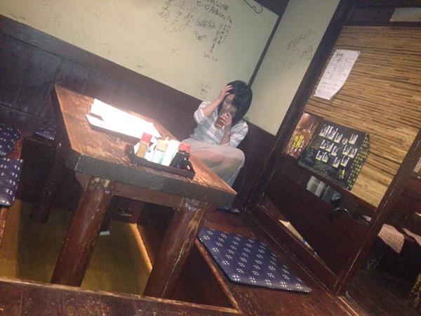 (H注意) やりまん女が居酒屋で泥酔した結果・・・ご覧くださいwwwwwwww(※写真あり)
