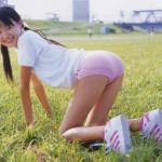 ロリだって大人だって・・・どちらでもエロいブルマ姿の女のエロ画像wwwwww