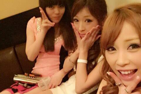 元AKB48やまぐちりこが大分のナイトクラブで働いていると話題