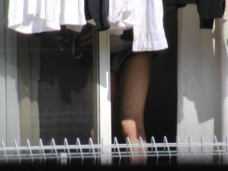 (ガチ秘密撮影写真)一人暮らしのひとり暮らしの光景をREALに秘密撮影したったwwwwwwwwwwwwww