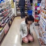 【朗報】エロがコンビニ経営を救う!?露出狂の登場で売上急上昇wwwwwwwwww(画像あり)