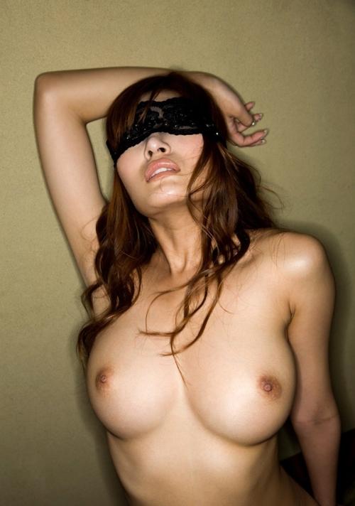 (ドM)目隠しプレイで喜ぶ女は色んなSM指導できるぞwwwwwwwwwwwwww(写真あり)
