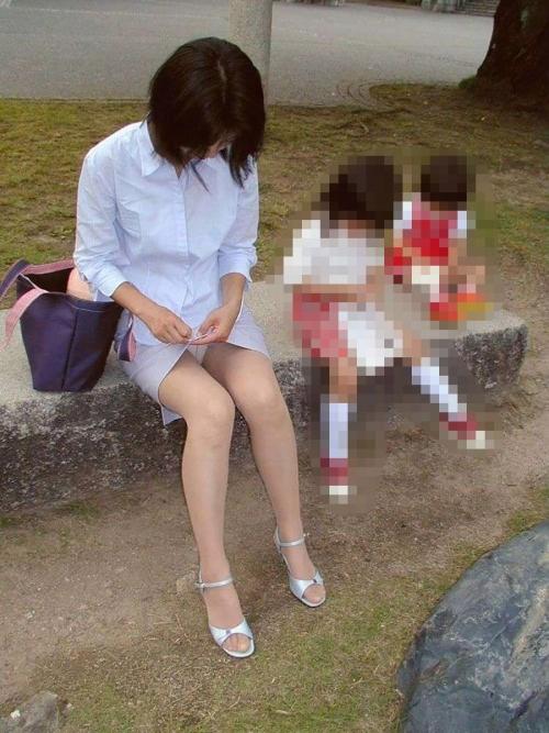 (秘密撮影)無防備な子連れヒトヅマが好きすぎるんだがwwwwwwwwwwwwwwwwww(写真あり)