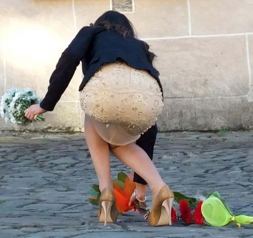 【H,エロ画像】透けパン・透けブラしてる素人さんがエロ過ぎて尾行不可避だわwwwwwwwww(画像あり)
